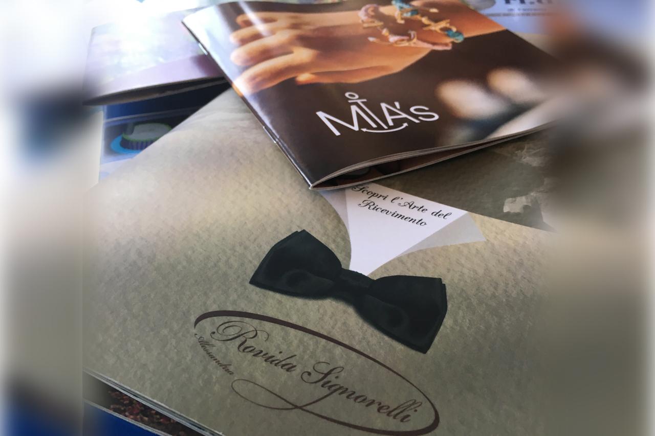 brochure, depliant, pieghevoli, volantini